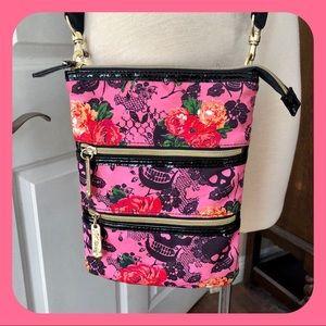 ☠️BETSEY JOHNSON Pink Lace Skull Floral Bag EUC